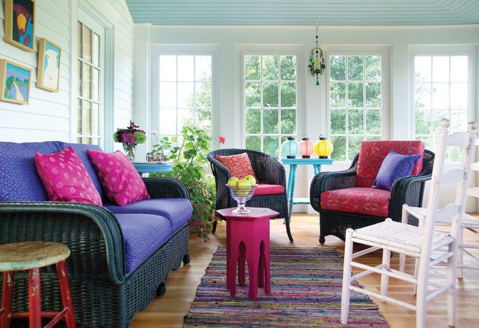 Primary Colors to Decorate Cottages - The Cottage Journal