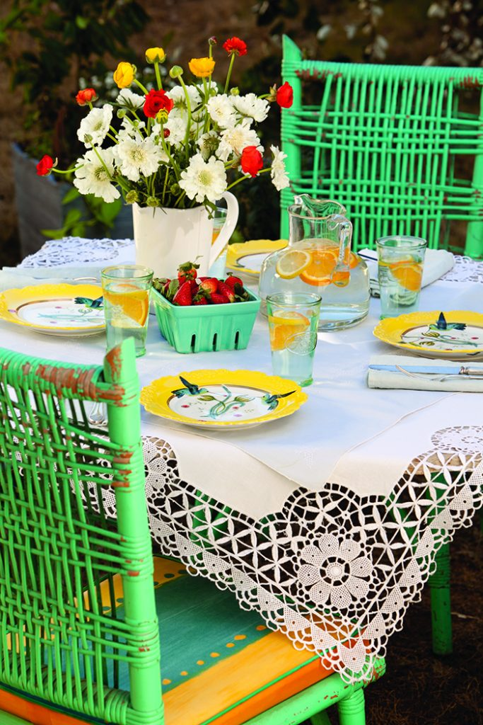 Cheerful Spring Table1