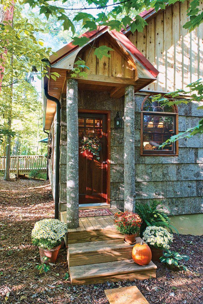 Carolina_Cabin_frontdoor