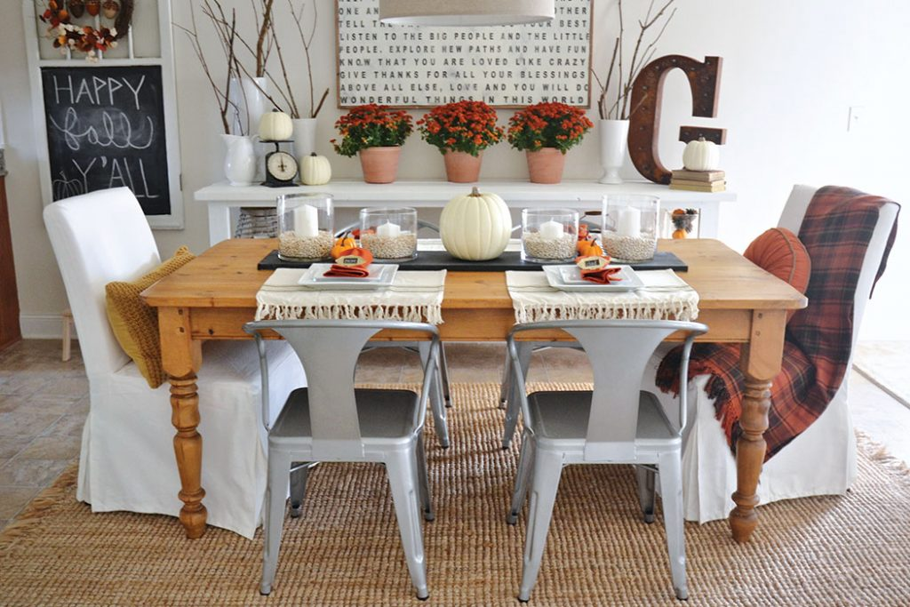 LizMarieBlog_CottageJournal_thanksgiving_diningroom