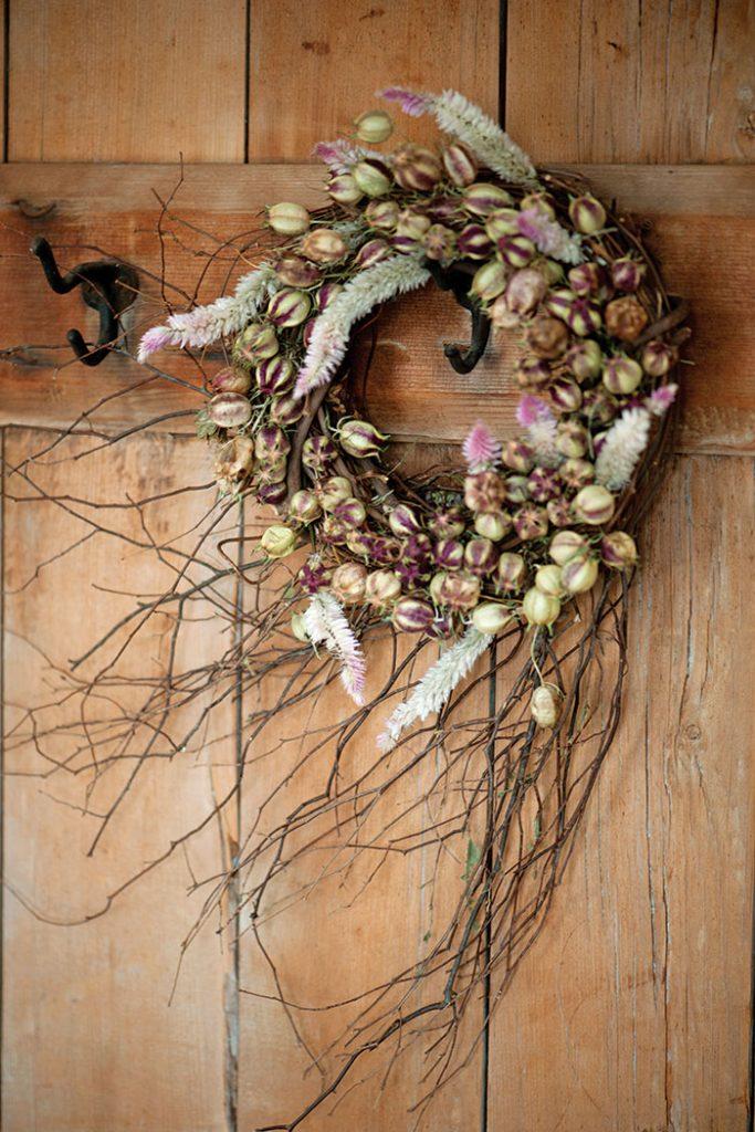 autumn_floral_wreath_twigs
