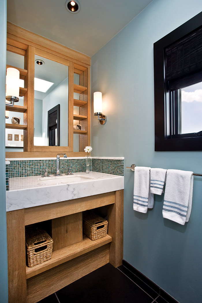 Cool and comfy cottage Bathroom