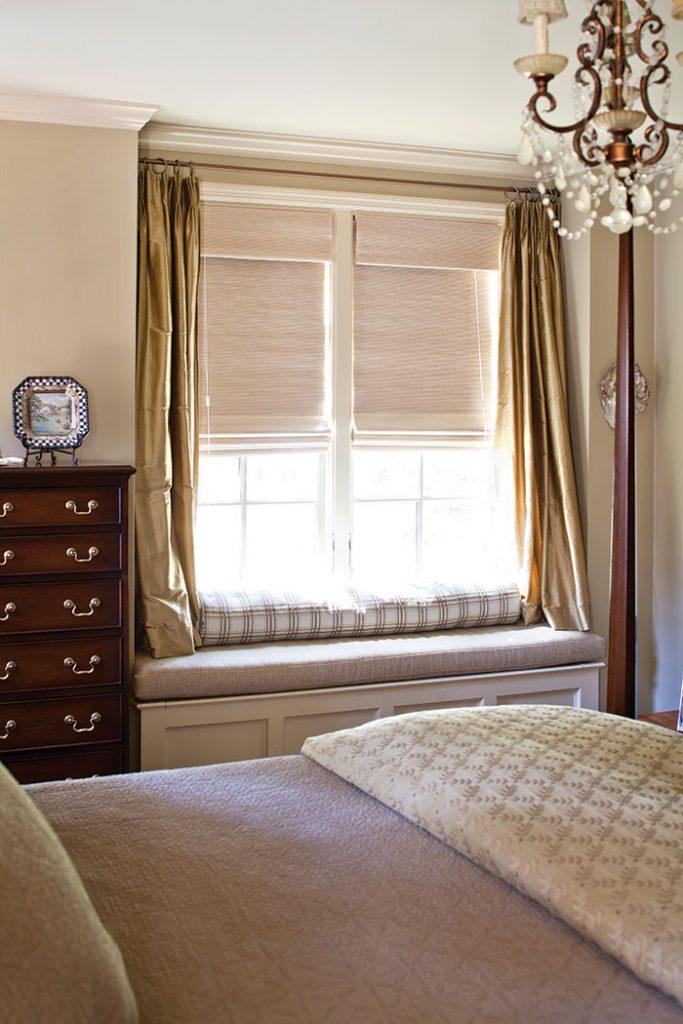 Built-in-Bench-bedroom