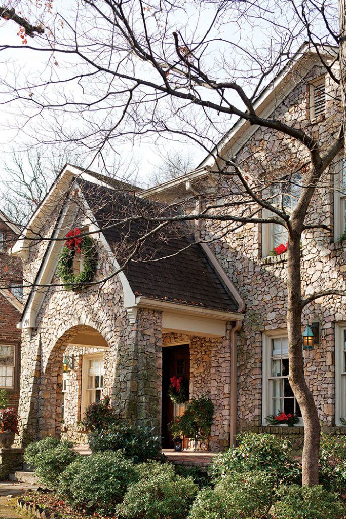 christmas-cottage-stone-exterior