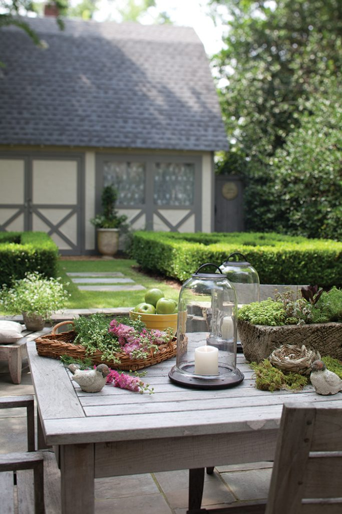 French-Living-patio