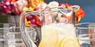Lovely Sparkling Lemonade