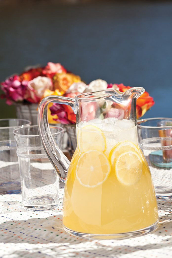 Lovely Sparkling Lemonade
