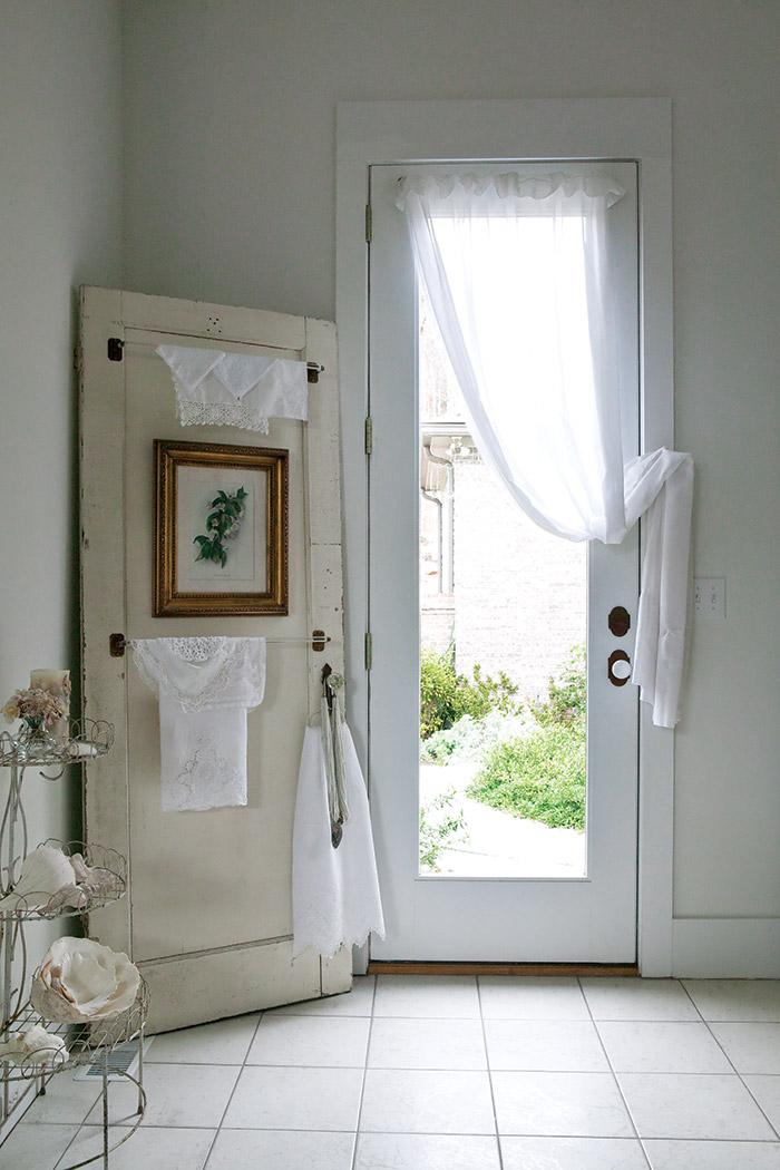 Beautiful Bathroom Organization
