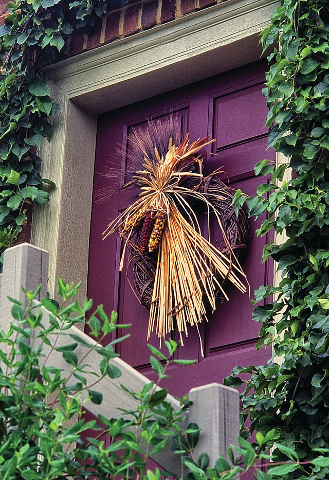 Fall Door Wreaths and Decorations - The Cottage Journal