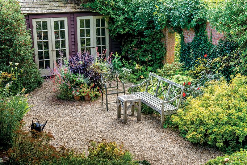 Hollister House Garden - The Cottage Journal