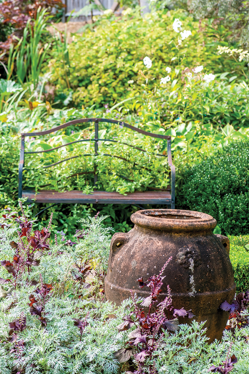 Hollister House Garden - The Cottage Journal