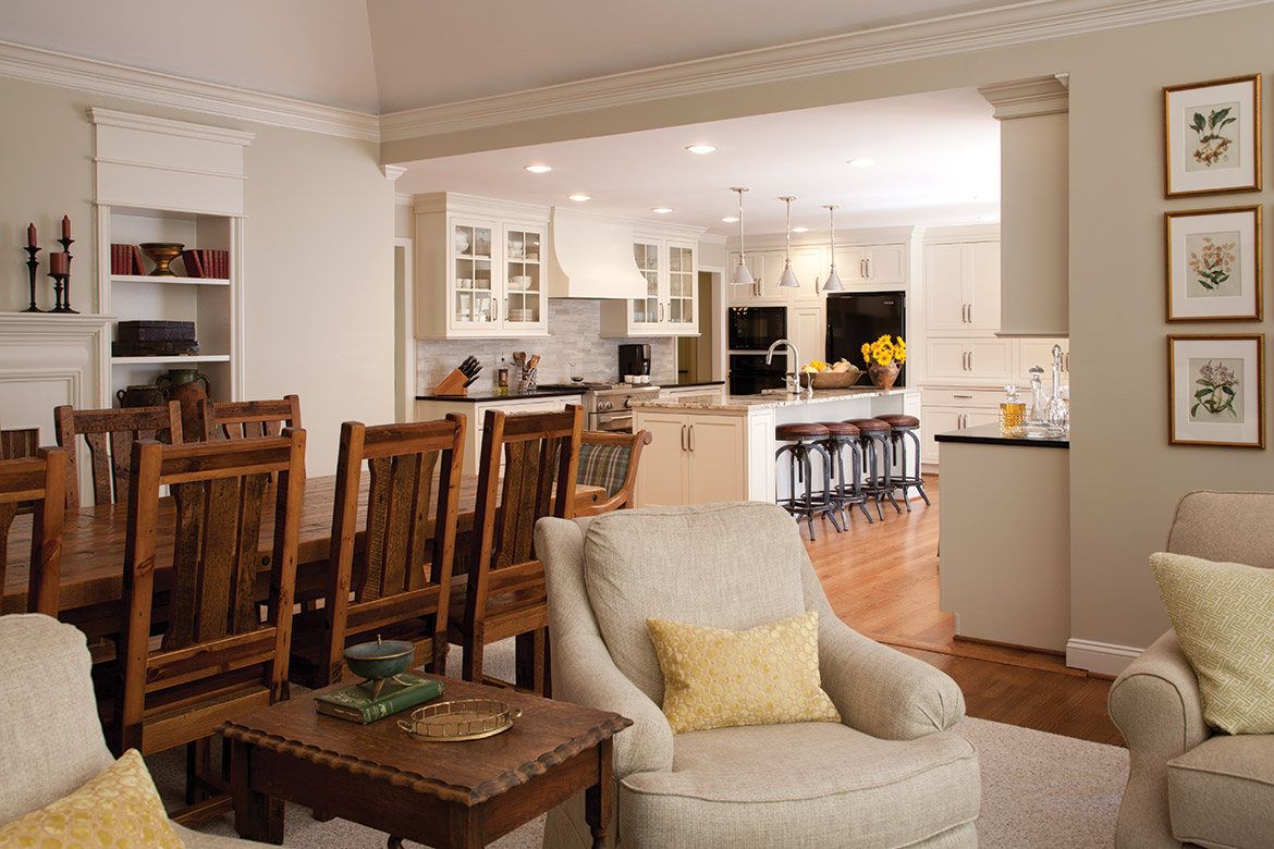 Entertaining Season Brings Cottage Changes - The Cottage Journal