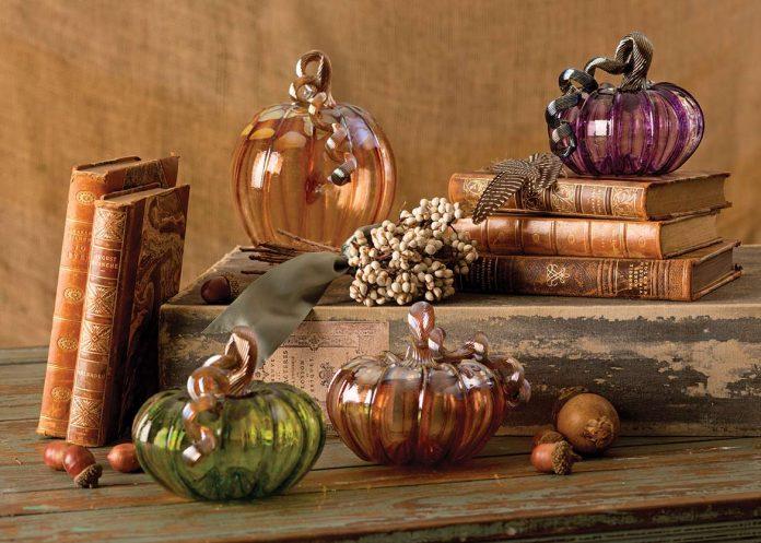 Glass Artist - Pumpkin glass art
