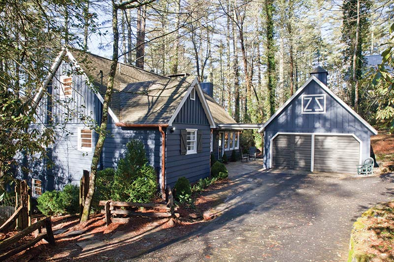 Mountain Cottage in Highlands, NC - The Cottage Journal Winter 2017