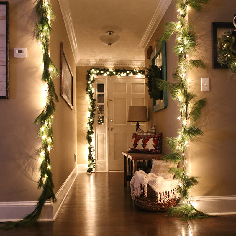 Merry And Bright: Christmas Light Décor