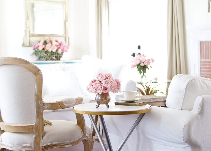 Step inside this home blogger 39 s french country cottage for French cottage magazine