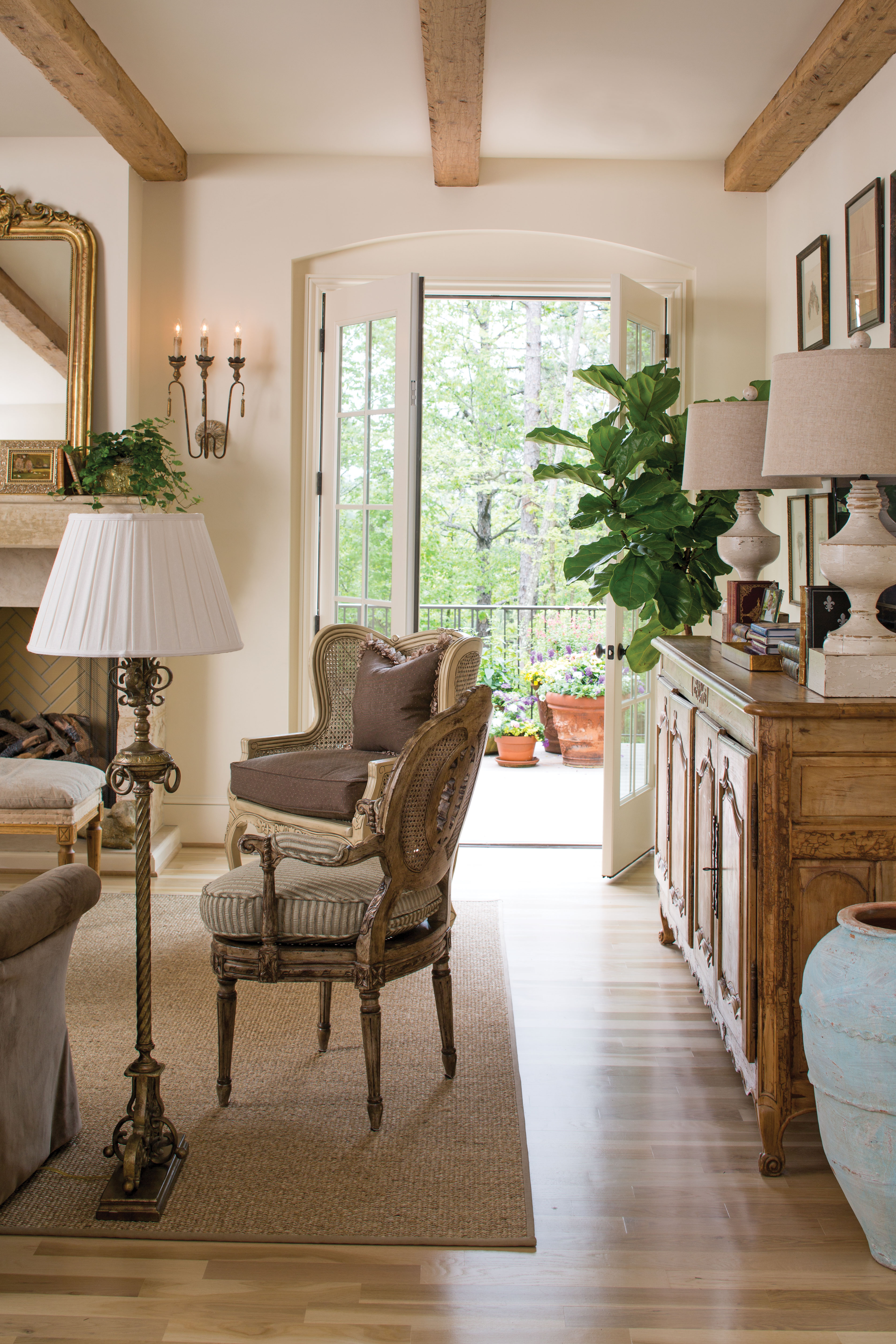 charming french country modern living room | French Country Charm Down South - Cottage Journal