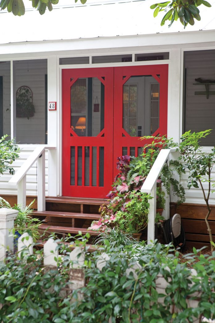 See the Front Porch of this Dream Cottage