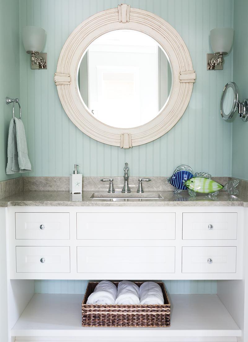 South Carolina guest cottage - bathroom