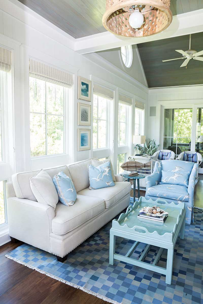 South Carolina guest cottage - blue and white living room