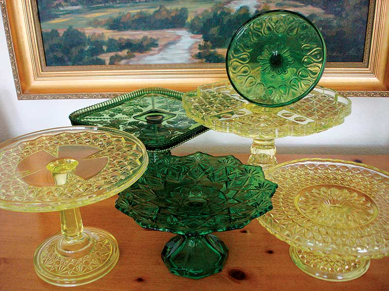 green and yellow cake stands