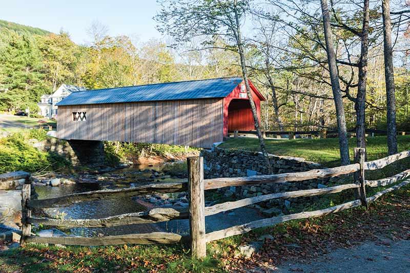 Green River Bridge in Autumn