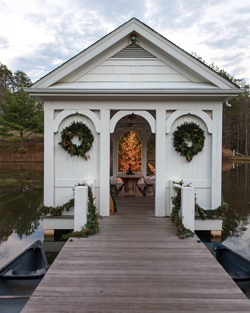 SNEAK PEEK: Country Cottage Christmas 2018