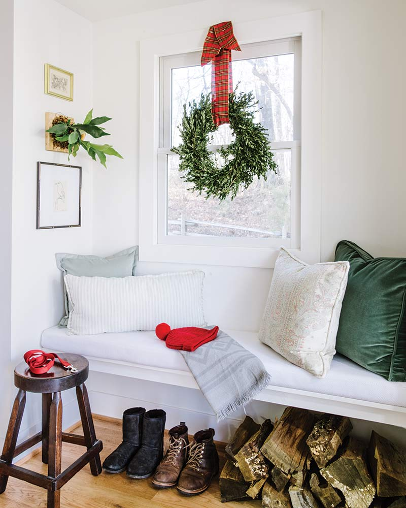 Christmas farmhouse mudroom