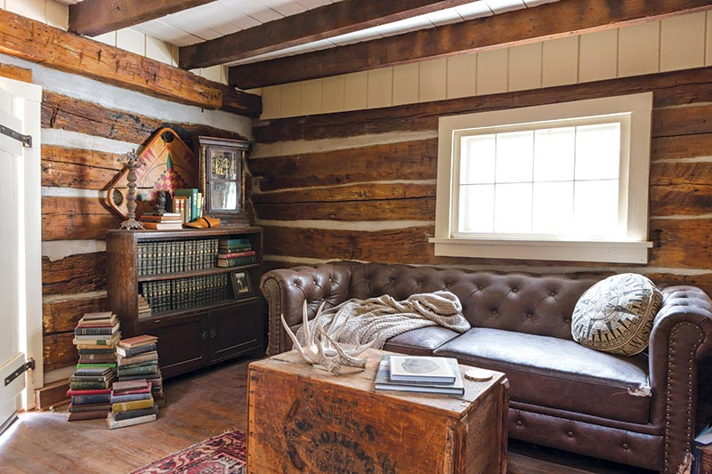 reading nook - rustic cabin