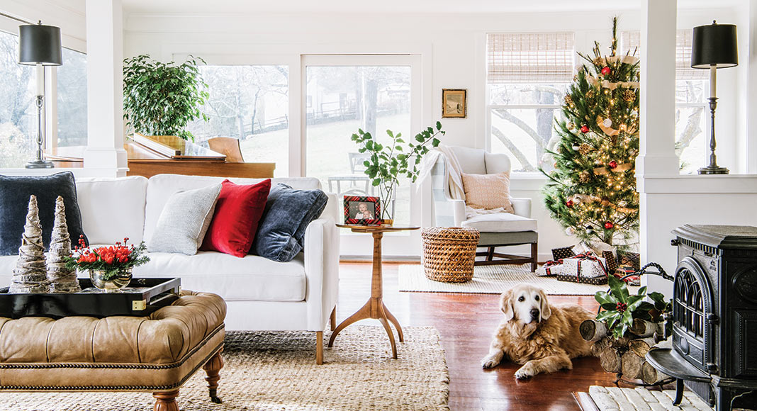Farmhouse den with Christmas decor