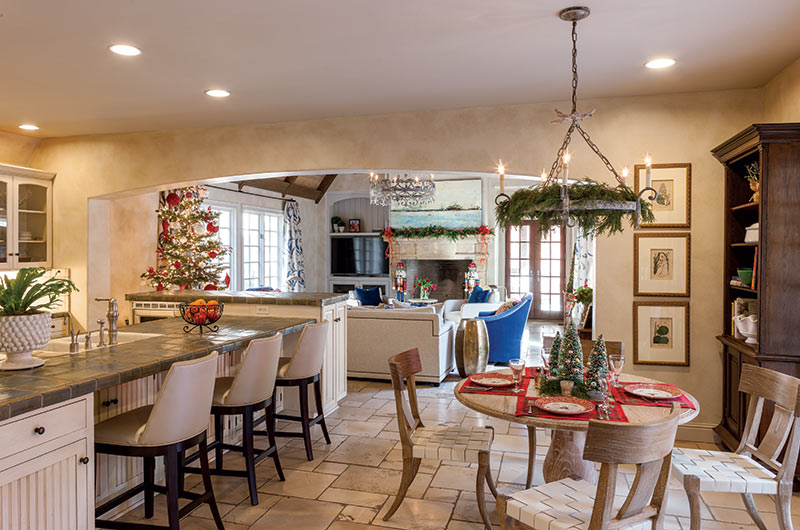 contemporary French-style Christmas living area