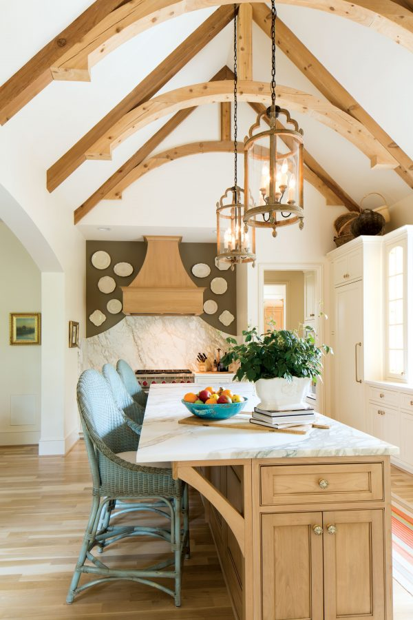 kitchen with vaulted ceilings an wooden beams