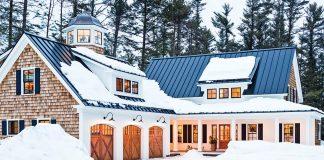 Maine farmhouse in the snow