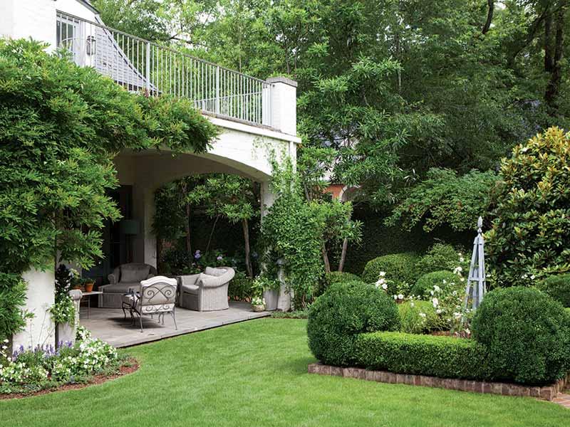 French-inspired garden