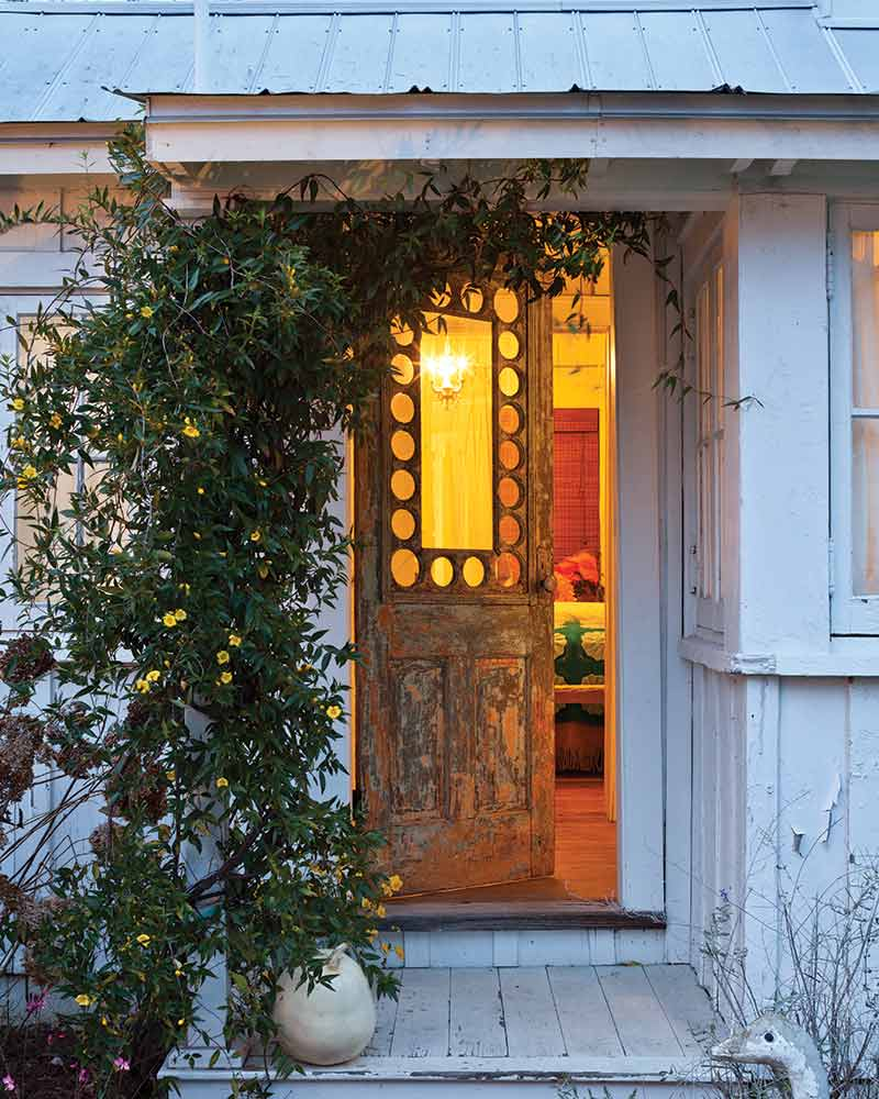 SNEAK PEEK: Country Cottage Special Issue