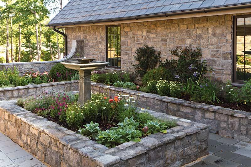 English-inspired garden