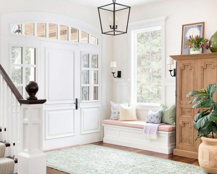 pastel foyer