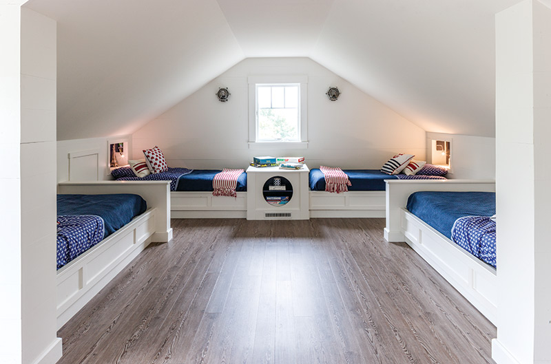 blue and red kids bunk room