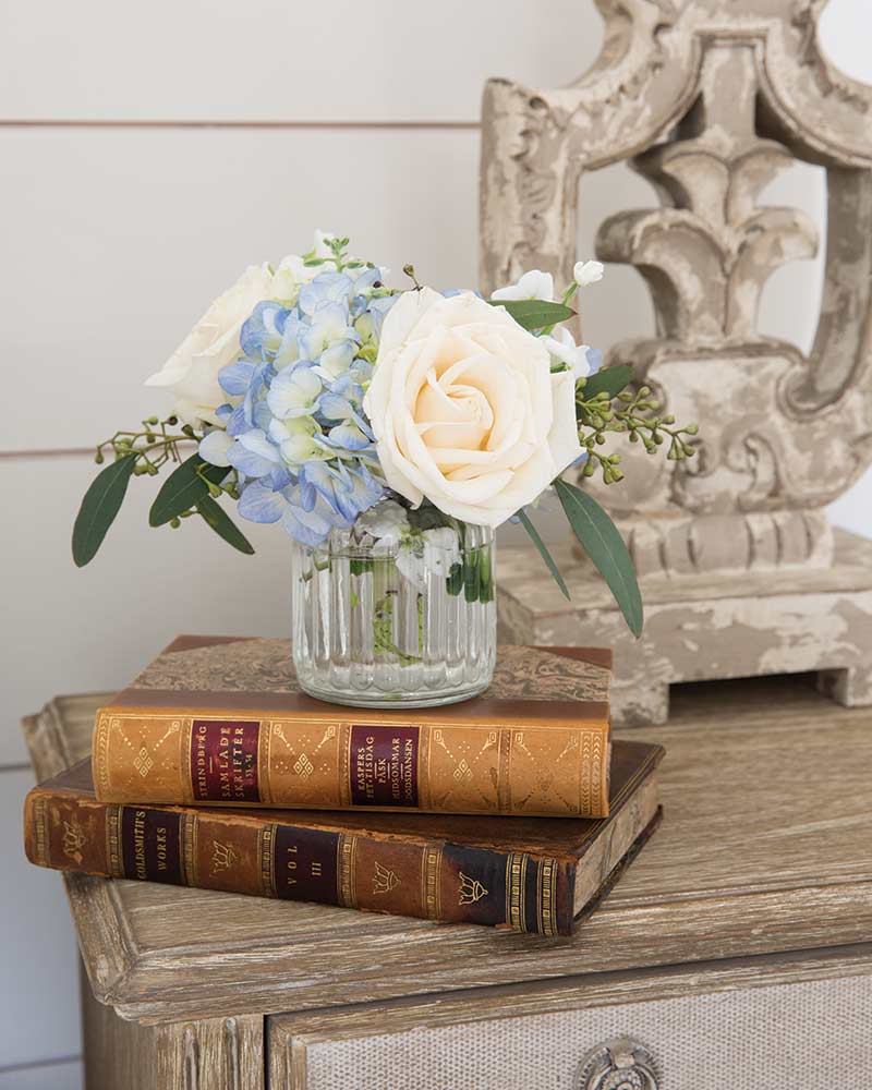 books on accent table
