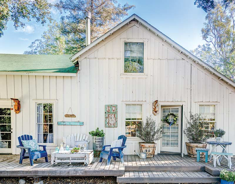 Californian cottage porch